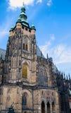 Собор St Vitus в Праге, летнем дне чехии Стоковая Фотография