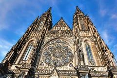 Собор St Vitus, детали фасада, Праги стоковые изображения