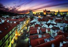 Собор St Vitus и церковь St Nicholas, Прага, чехословакское repub Стоковое Изображение