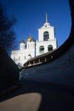 Собор Troizkiy (троицы) в Пскове Стоковые Изображения