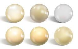 Собрание белых лоснистых сфер изолированных на белизне реалистическо иллюстрация штока