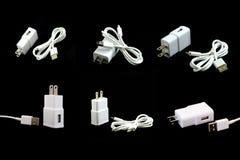 Собрание белого электрического кабеля USB изолированного на черноте Стоковая Фотография