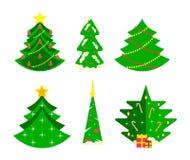 Собрание различных рождественских елок, современный плоский дизайн бесплатная иллюстрация