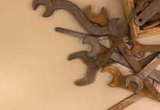 Собрание старого ржавого wrenche Стоковые Фото