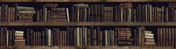 Собрание ценных старых книг на книжных полках стоковая фотография