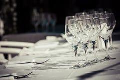 Собрание чисто, пустых стекел для воды или вина Стоковое Изображение RF