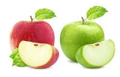 Собрание Яблока Одно зеленое и одиночные красные яблоки и квартальная часть изолированные на белой предпосылке Стоковое Изображение RF