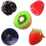 собрание ягод и кивиа solated на белизне Стоковое Фото