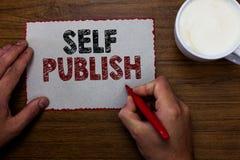 Собственная личность текста сочинительства слова опубликовывает Концепция дела для опубликованной работы независимо и на собствен стоковое фото rf