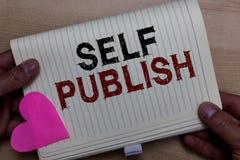 Собственная личность текста сочинительства слова опубликовывает Концепция дела для опубликованной работы независимо и на собствен стоковая фотография