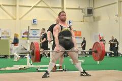 Событие Powerlifting - подъем deadlift Стоковые Фото