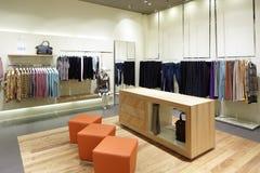 Совершенно новый интерьер магазина ткани Стоковое Фото