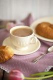 Совершенные старты утра с кофе стоковое фото
