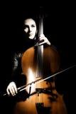 совершитель виолончели виолончелиста классический стоковое фото