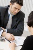 советоватьть с бизнесмена Стоковое фото RF
