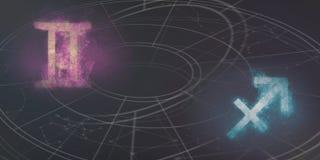 Совместимость знаков гороскопа Джемини и Стрелца ночное небо молнии иллюстрации абстракции Стоковое Фото
