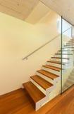 Современная архитектура, интерьер, лестница Стоковое Фото