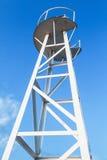 Современная белая башня маяка дизайна ферменной конструкции Стоковые Фото