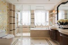 Современная ванная комната стоковое фото rf