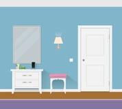 Современная внутренняя прихожая с дверью, зеркалом и тахтой Стоковое Фото