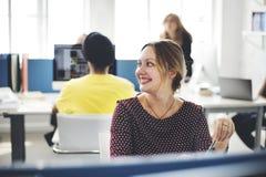 Современная вскользь концепция поддержки корпоративного офиса Стоковое Изображение RF