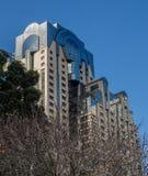 Современная геометрия здания стоковые фотографии rf