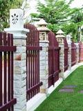 Современная деревянная загородка для дома Стоковое Фото