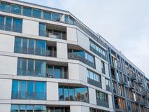 Современная квартира с большим Windows и балконами Стоковые Фотографии RF