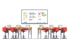 Современная комната класса технологии с стоящими столами Стоковое Изображение RF