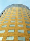 Современная конкретная и стеклянная башня Стоковое Фото