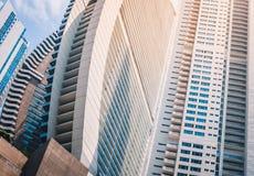 Современная концепция архитектуры, здания небоскреба - недвижимость Стоковые Изображения RF