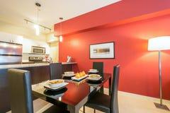 Современная красная столовая Стоковое Изображение RF