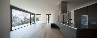 Современная кухня с взглядом стоковое изображение