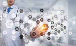 Современная медицинская концепция технологий Мультимедиа бесплатная иллюстрация