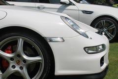 Современная немецкая деталь фронта автомобиля спорт стоковая фотография rf