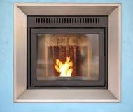 Современная плита с теплым пламенем Стоковые Изображения
