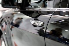 Современная предпосылка взгляда со стороны автомобиля Стоковое Изображение