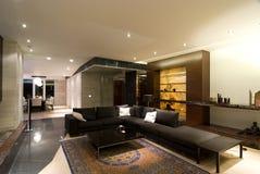 современная просторная квартира Стоковая Фотография RF