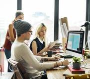 Современная работа концепции офиса, который нужно конструировать стоковое фото rf