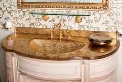 Современная раковина ванной комнаты, украшенная стена Стоковая Фотография RF