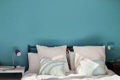 Современная спальня Стоковые Изображения
