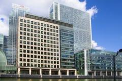 Современная стеклянная архитектура канереечного причала, Лондона Стоковые Изображения RF