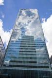 Современная стеклянная архитектура канереечной арии дела причала, и работники офиса Стоковые Фото
