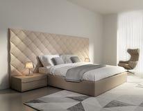 Современная элегантная роскошная бежевая кожаная спальня Стоковое фото RF