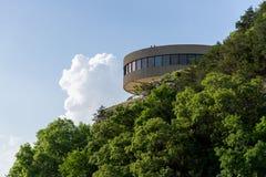 Современное здание - центр для посетителей Ozarks озера Truman стоковое фото