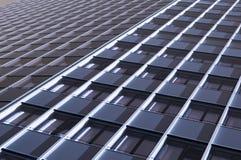 Современное офисное здание с плакированием glas Стоковая Фотография
