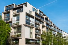 Современное роскошное жилищное строительство в Берлине Стоковые Изображения