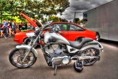 Современной американской покрашенный таможней мотоцикл победы Стоковое Изображение