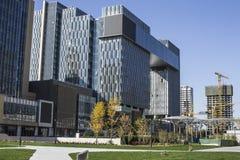 Современные архитектура и окружающая среда Стоковая Фотография RF