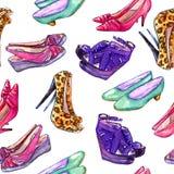 Современные ботинки дам: клин, slingbacks, шпильки, ботинки суда и котенок кренят, вручают покрашенную иллюстрацию акварели иллюстрация вектора